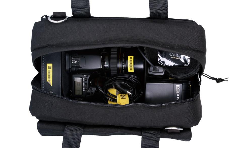 Porta Brace CS-DC2R Camera Case Soft, Compact HD Cameras, Black, Medium